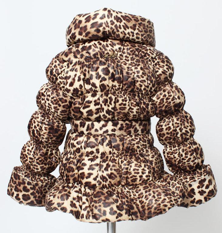 miss blumarine daunenjacke leo print exklusive. Black Bedroom Furniture Sets. Home Design Ideas